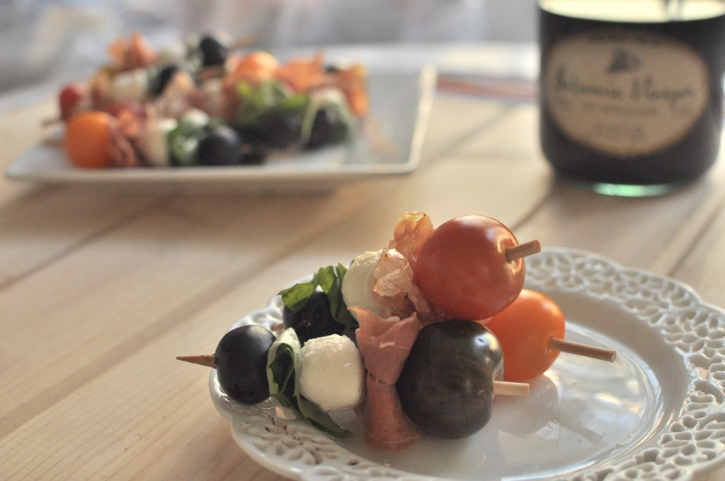 Food is always better on a stick!  Try this delicious Antipasto on a Stick by MyLifeAsRobinsWife.com