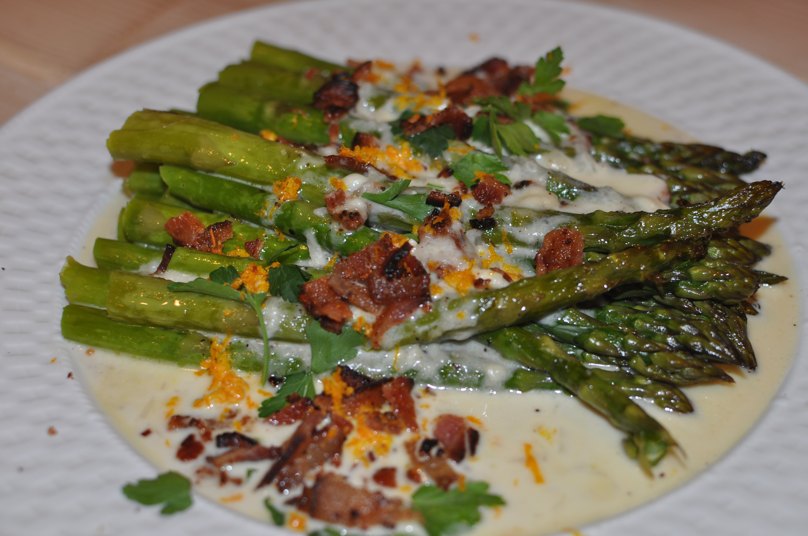 as Robin's Wife Roasted Asparagus with Brie, Bacon and Shallot Sauce ...