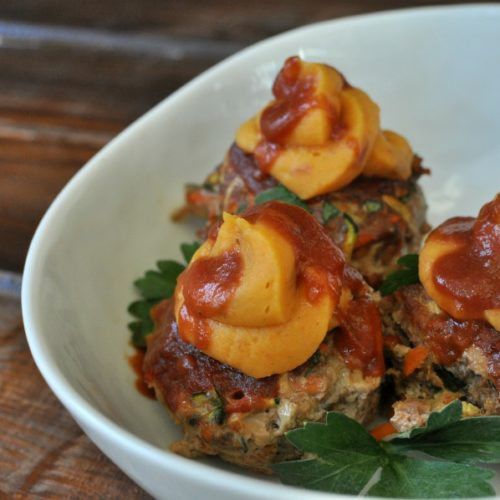 Mini Meatloaf Muffins with Chipoltle Sweet Potatoes_3